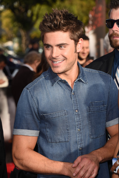 Zac+Efron+Arrivals+MTV+Movie+Awards+Part+2+fnldgZbvrdGl